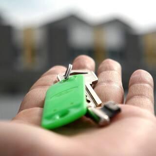 Россиянам назвали лучшее время для оформления ипотеки