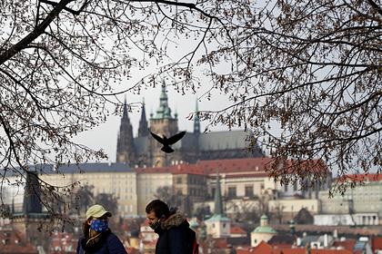 Чешский журналист высмеял власти страны за страх перед русскими