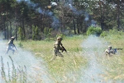 Украинский солдат покончил с собой на боевом посту: Украина: Бывший СССР: Lenta.ru
