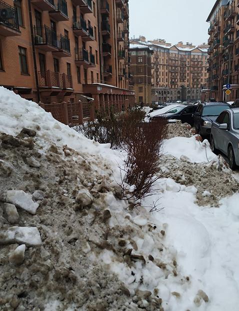 Уборка снега в ЖК «Город набережных»
