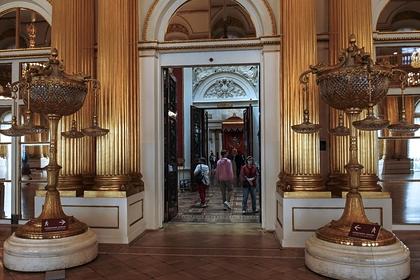 Эрмитаж назвал обвинения в выставлении подделок «базарным криком»