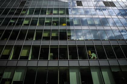 Россиянам назвали условие для отмены масочного режима на работе: Общество: Россия: Lenta.ru