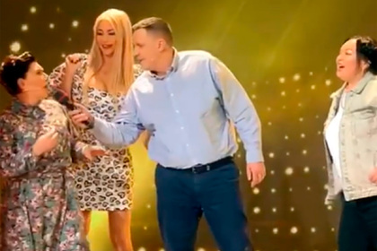 Харламов высмеял пение Гузеевой и Сябитовой на «Давай поженимся!»