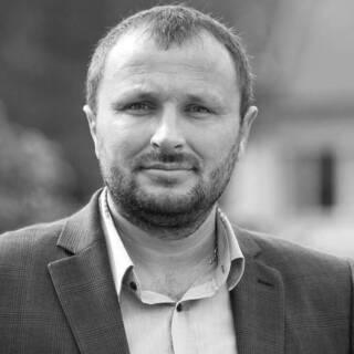 Александр Крученюк