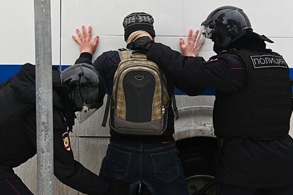 Российские подростки расстреляли приятеля из пистолета и подожгли