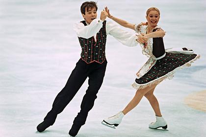 Оксана Грищук (справа)
