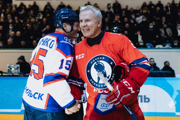 Вячеслав Фетисов и Александр Тимченко (слева)
