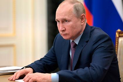 https://icdn.lenta.ru/images/2021/04/12/18/20210412183406499/pic_a7afb106cd7a2718260fd980a804ae73.jpg