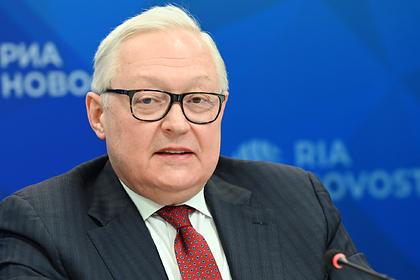 Россия посоветовала США держаться подальше от Крыма
