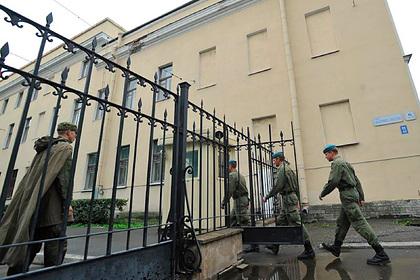 Трое кавказцев подрались с 30 курсантами в Петербурге