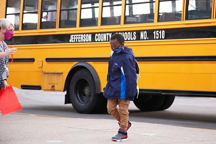 Школьники устроили «работорговлю» темнокожими одноклассниками в соцсетях