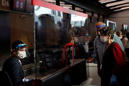 Застрявшие в Турции россияне описали цены на обратные рейсы словом «грабеж»