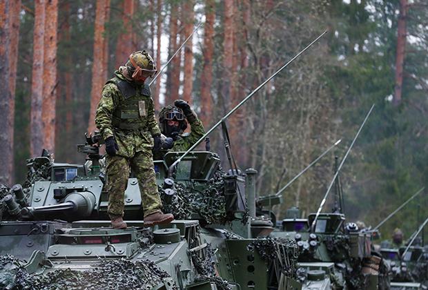 Канадские военные на учениях НАТО в Латвии