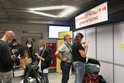 Прибывших из Турции и Танзании россиян предложили дважды тестировать на СOVID-19
