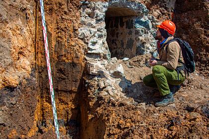 Решена судьба найденного в центре российского города тоннеля