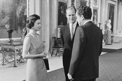Королева Елизавета II, принц Филип и Ричард Никсон