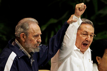 Фидель и Рауль Кастро правили Кубой больше 60 лет. Как заканчивается их эпоха?