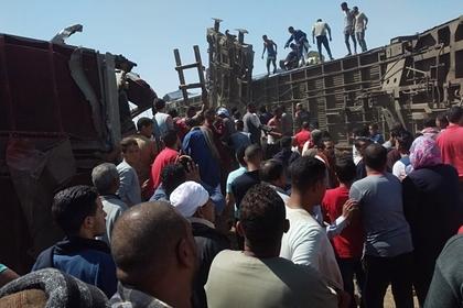 Раскрыто число погибших при катастрофе поезда в Египте