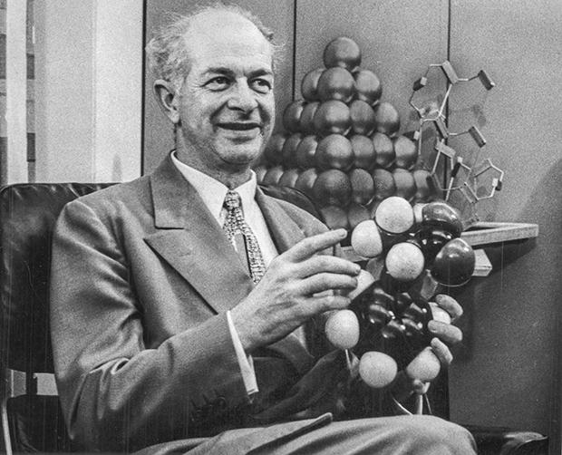 Американский химик Лайнус Полинг