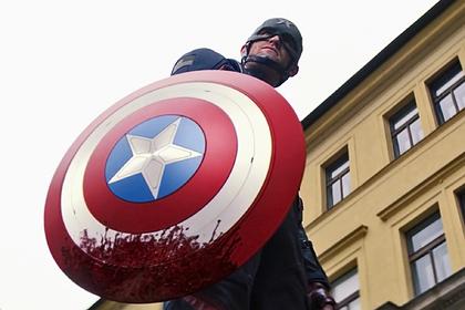 Спасибо, кэп Супергерои-убийцы, расизм и мигранты: зачем новый сериал Marvel ударился в политику