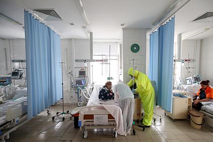 Роспотребнадзор сообщил о достижении плато по коронавирусу в России