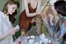 Один из основных ориентиров в работах художницы — история фотографии. Америка вдохновляется снимками Нан Голдин, Брюса Дэвидсона, Мартина Парра и Ларри Кларка — и пытается перенести бунтарский, аутсайдерский нерв их работ на территорию модной фотографии.