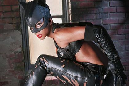 «Герой в костюме не может просто стоять и смотреть» Ученые решили изучить костюмы супергероев. Что из этого вышло?