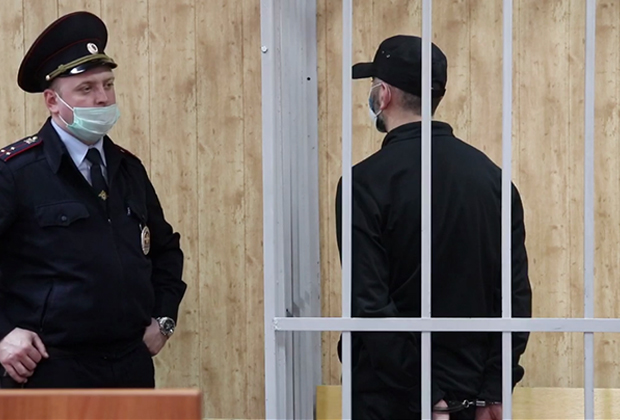 Каха Газзаев (справа) в зале суда