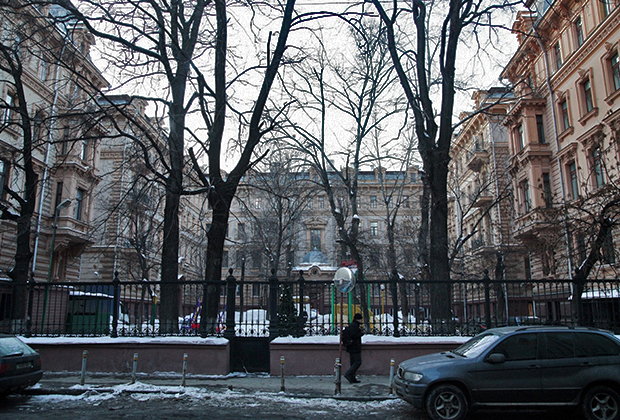 Дом № 3 в Романовом переулке