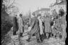 Выгрузка американских солдат в американском секторе города. Берлин, 1945 год.  Фото: Cэм Джаффе / частная коллекция Артура Бондаря