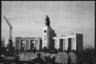 Мемориал павшим советским воинам в Тиргартене. Берлин, 1945 год.  Фото: Cэм Джаффе / частная коллекция Артура Бондаря