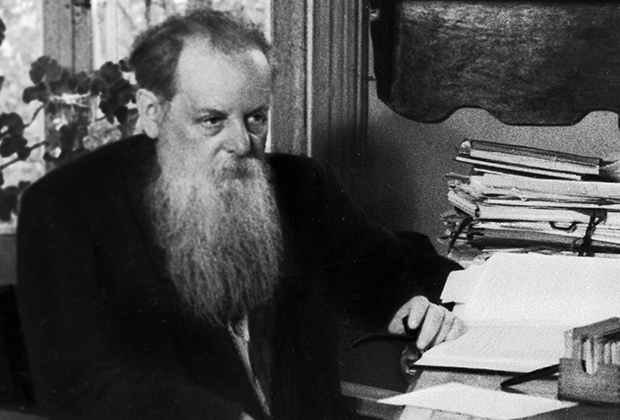 Русский советский писатель-сказочник Павел Петрович Бажов