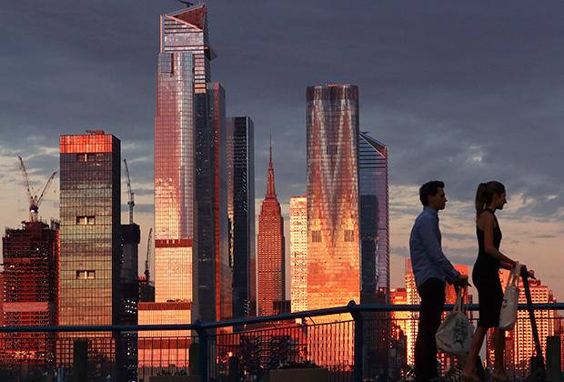 Эмпайр-стейт-билдинг в июне 2020 года