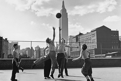 Точка притяжения. Смерть, звезды и Кинг-Конг: чем прославился главный небоскреб Нью-Йорка?