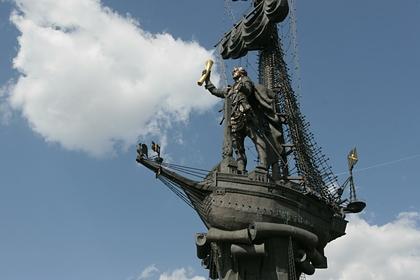 Памятник Петру I в Москве (работа скульптора Зураба Церетели)