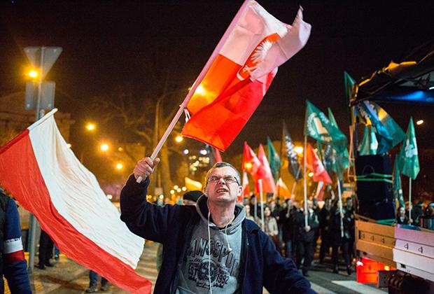 Шествие в День памяти проклятых солдат. Варшава, 2017 год