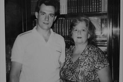 Татьяна Доренко (справа)