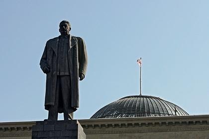 Памятник Сталину в грузинском Гори