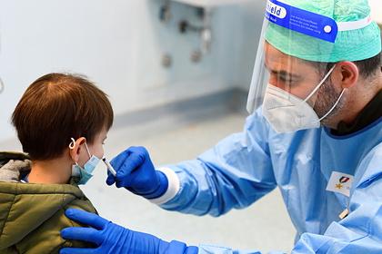 Раскрыты признаки тяжелого течения коронавируса у детей
