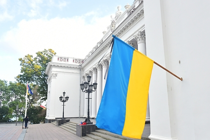 Политолог назвал «причину» нищеты украинцев