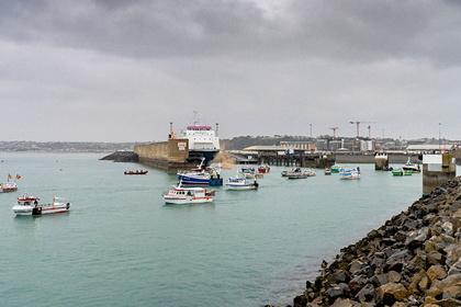 Французские суда в порту Джерси