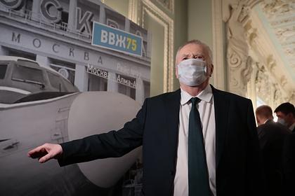 Жириновский предложил освобождать от ареста за вакцинацию от коронавируса