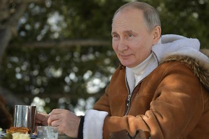 Подсчитано число выходных Путина за последний год