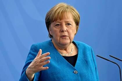 Меркель раскритиковала идею отказаться от патентов на вакцины
