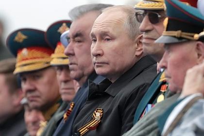 Путин одним словом оценил парад Победы