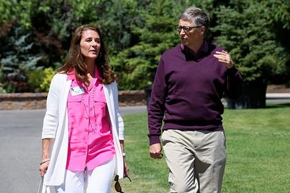 Развод Билла Гейтса связали с миллионером-педофилом Эпштейном