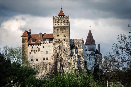 В замке Дракулы открыли пункт вакцинации от COVID-19