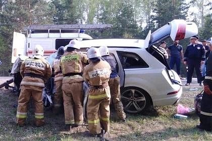 Пять человек погибли в ДТП на российской трассе