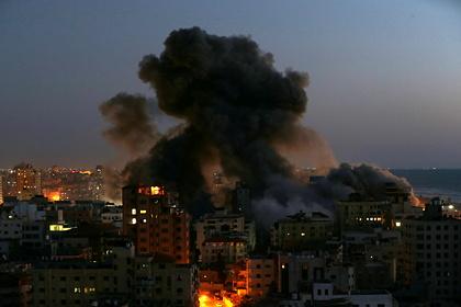 Израиль заявил об ударах по оружейным складам в секторе Газа