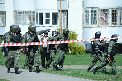 Устроивший стрельбу в казанской школе поджег свою квартиру перед нападением